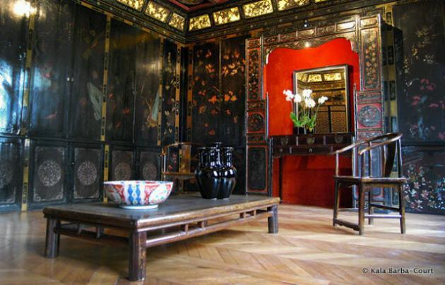 Dekorasi ruangan bergaya oriental