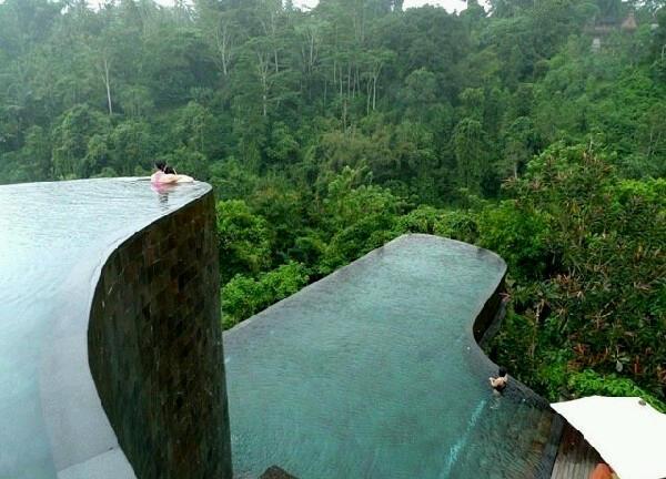 Kolam Renang di Ubud Hanging Gardens
